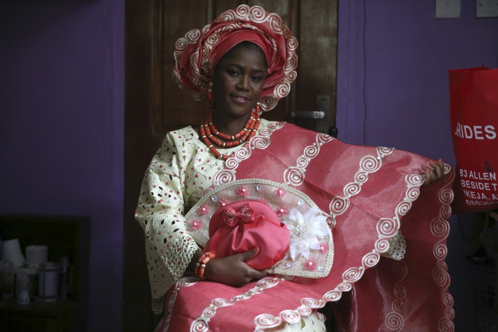 традиционные-свадебные-платья-фото17.jpg