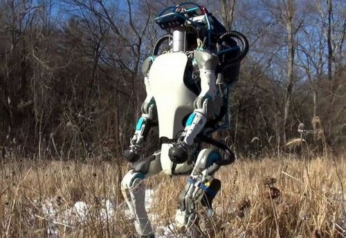 """В лаборатории Boston Dynamics представили новый прототип человекоподобного робота под названием """"Атлас"""""""