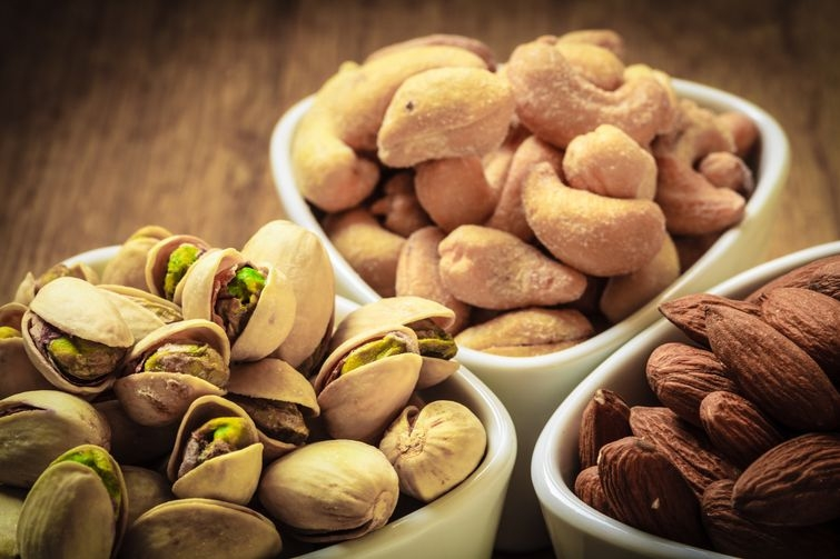 10 вредых продуктов, которые испортят вам организм