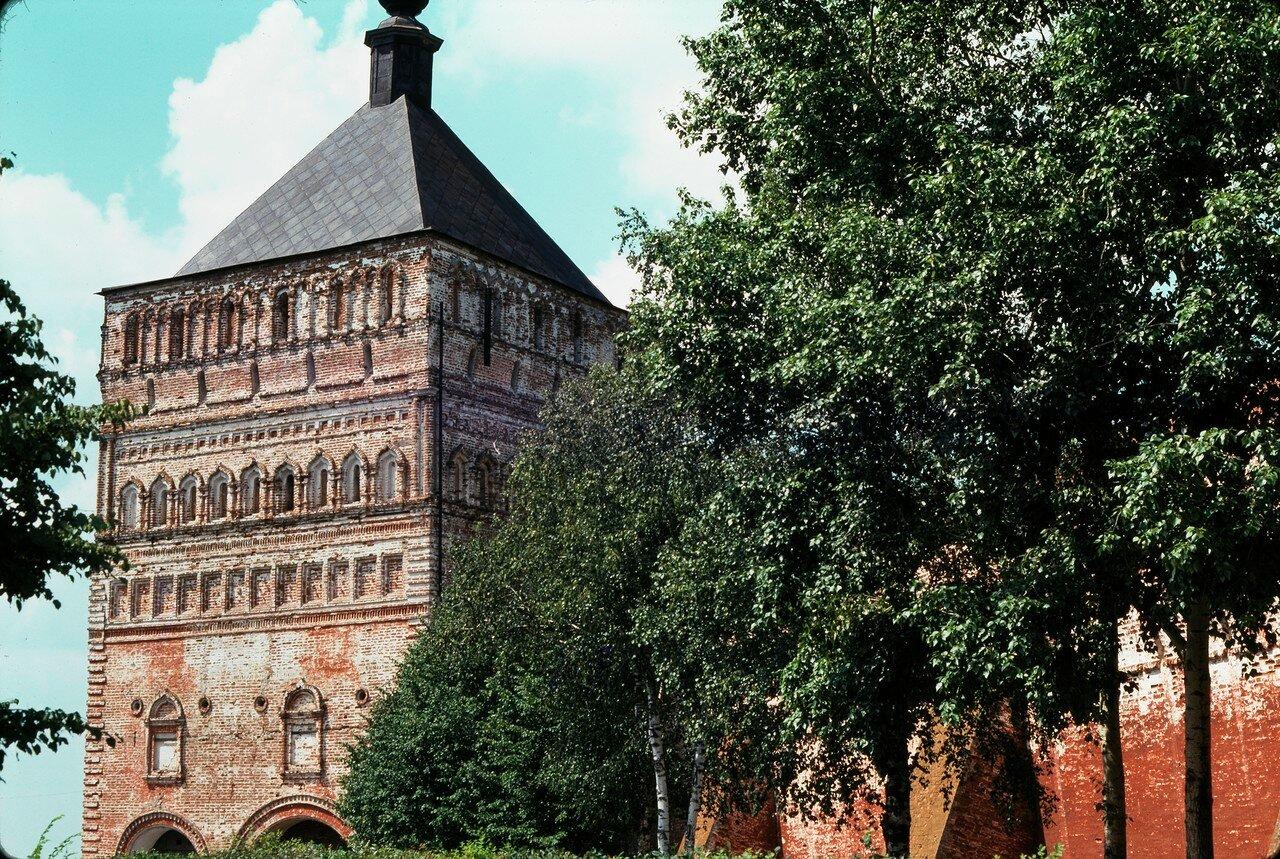Суздаль. Крепостная башня в Спасо-Евфимиевском монастыре