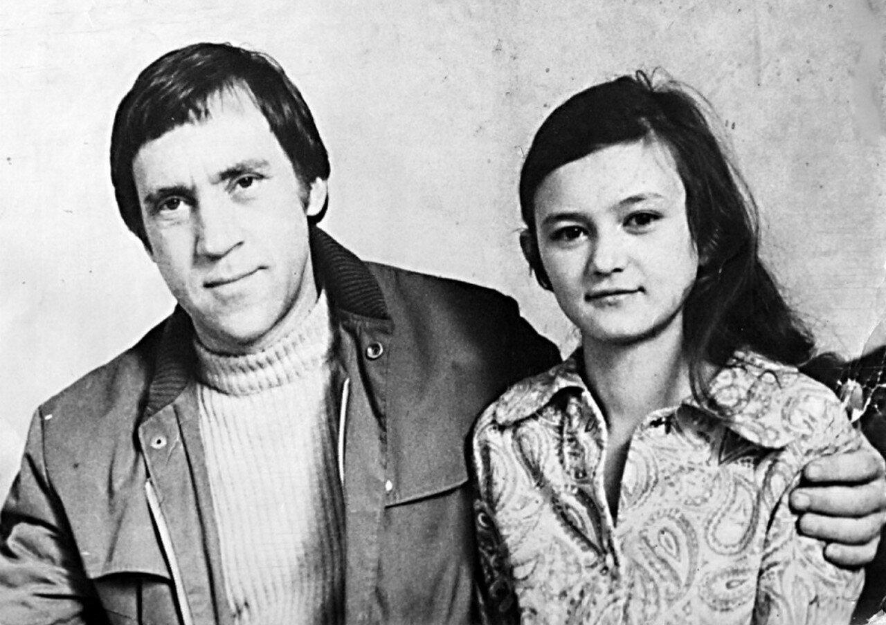 38. Владимир Высоцкий и Люба Мончинская. Фото Леонида Васильевича Мончинского, 17 июня 1976 года