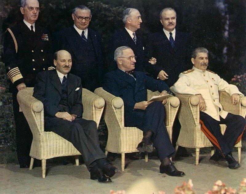 1945 Stalin Potsdam1.jpg