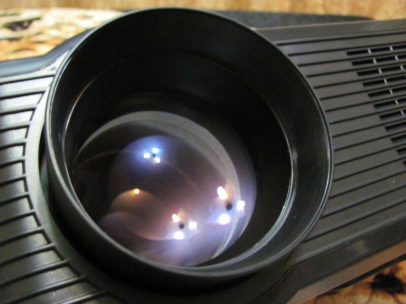 GearBest: Excelvan CL720D - доступный домашний HD LED-проектор