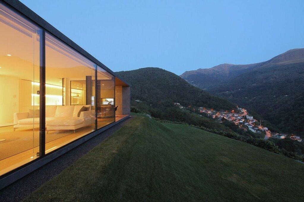 002-Montebar-Villa-1150x766.jpg