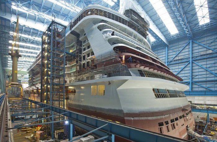 Строительство круизного лайнера на норвежской верфи