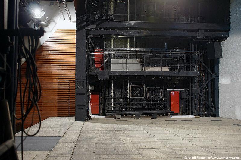 Зима. Театр на Таганке. 09.12.15.33..jpg