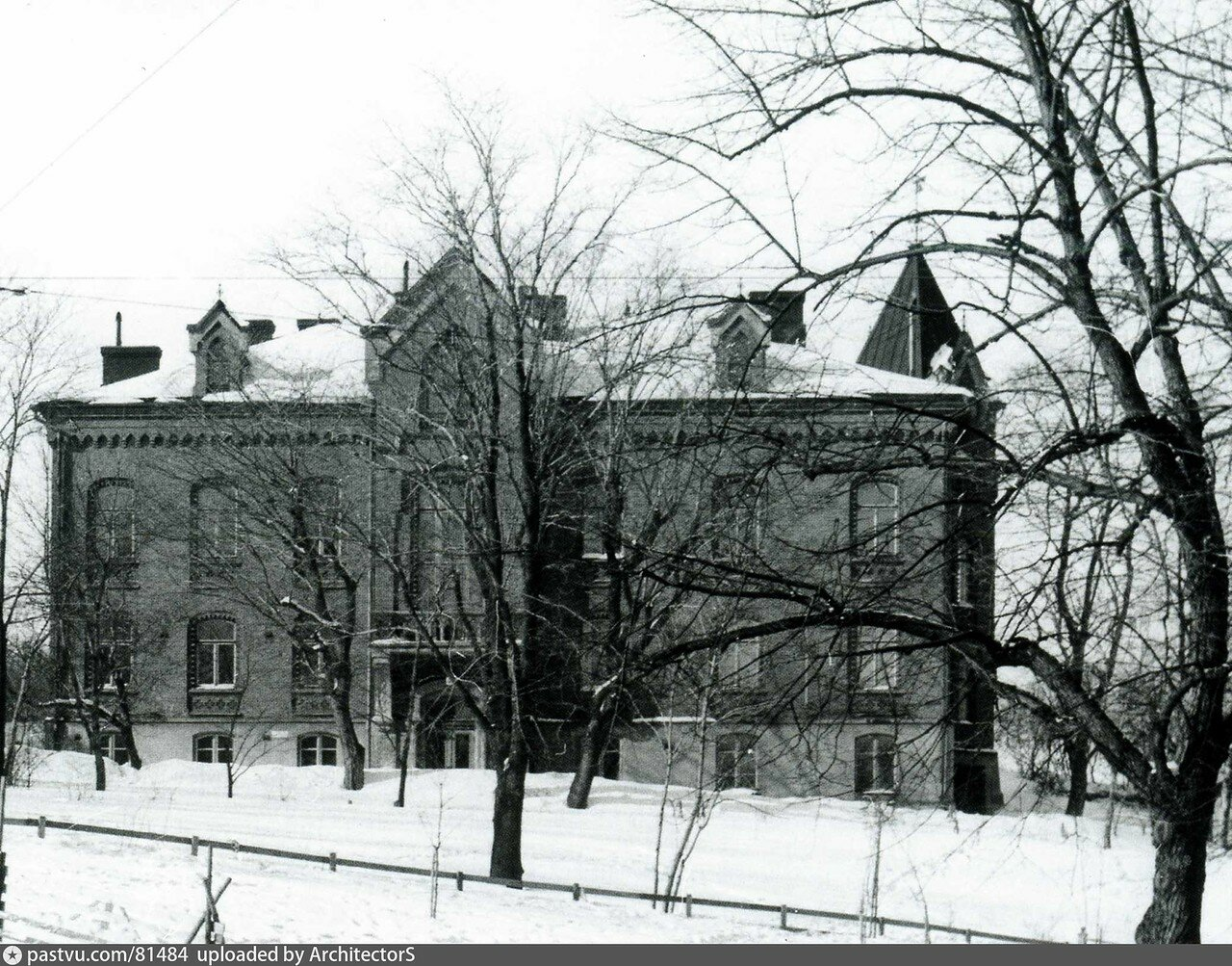 81484 Воронцово поле. Контора сахарного завода Марк нач. 1910-х.jpg