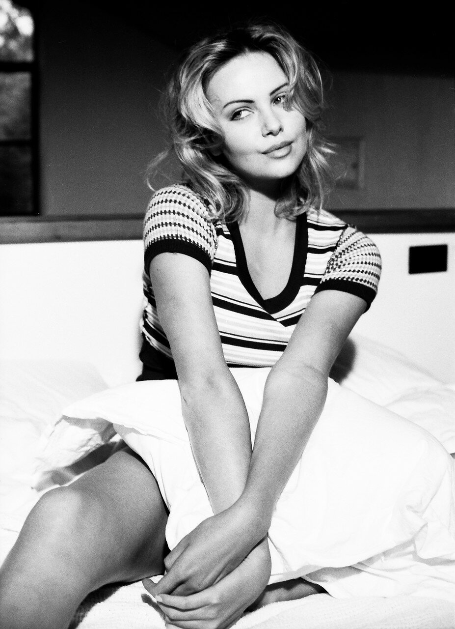 EXC Charlize Theron