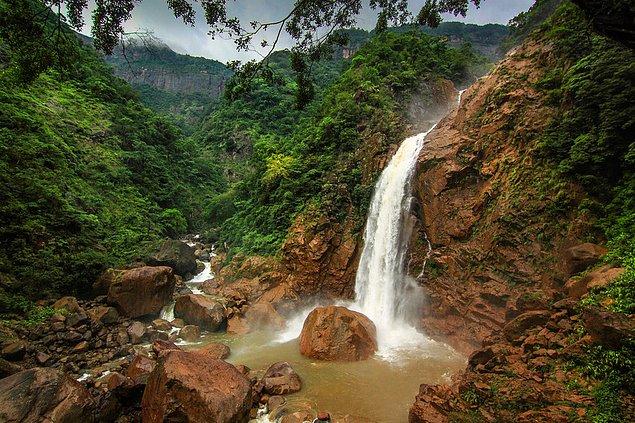 Радужные водопады, горы Кхаси, Мегхалая