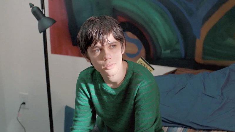 Фильм снимался с перерывами с 2002 по 2013 год. Он изображает жизнь Мейсона от раннего детства