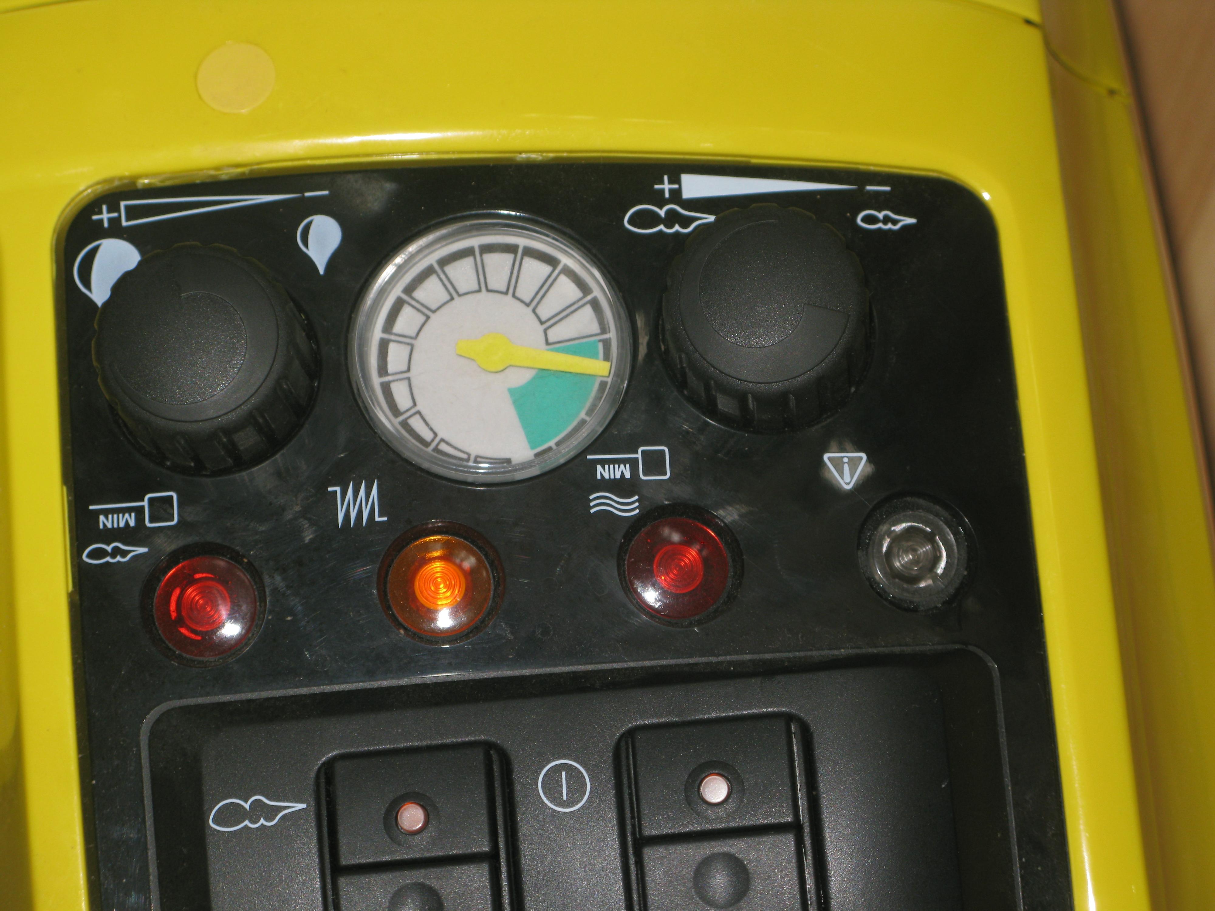 Парогенератор Karcher DE 4002