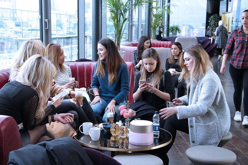 #30hoursinlondon, BEAUTY, CLARINS, CLARINS MULTI-ACTIVE DAY AND NIGHT CREAM, SKINCARE, the shard, bourne&hollingworth, drink shop&do, hubbard&bell, sketch London, the Mondrian London, annamidday, анна миддэй, анна мидэй, travel blogger, русский блогер, известный блогер, топовый блогер, russian bloger, top russian blogger, russian travel blogger, российский блогер, ТОП блогер, beauty blogger, top Russian beauty blogger, бьюти блогер, русский бьюти блогер, популярный блогер, трэвэл блогер, путешественник, полезные советы, Лондон полезные советы, что посетить в лондоне, советы по уходу за кожей, уход за кожей, первые признаки старения
