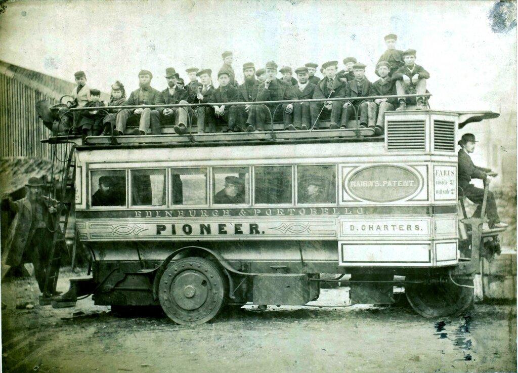 Паровой омнибус 1870 года Найрна.jpg