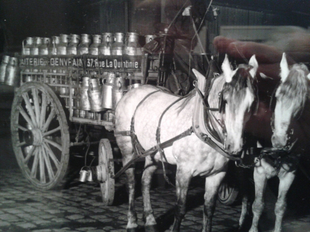 1930. Повозка молочника