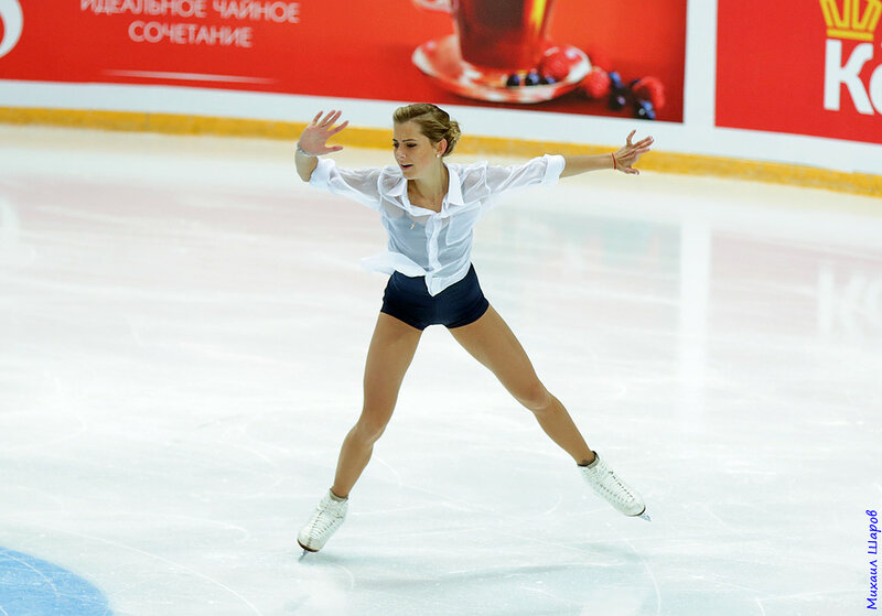 Мария Артемьева - Страница 2 0_149dff_dce9b290_XL
