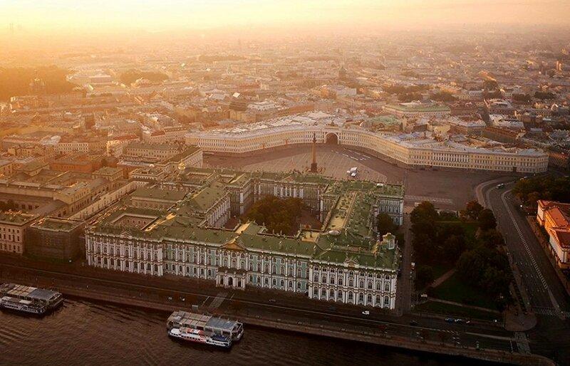 Эрмитаж, Санкт-Петербург (фото с помощью беспилотника)
