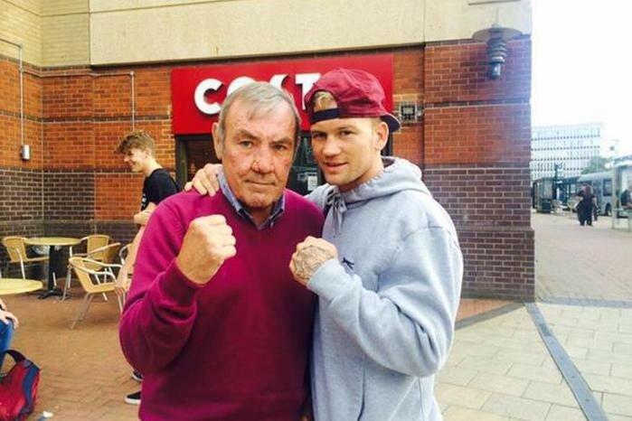 Британский боксер одержал первую победу после 50 поражений