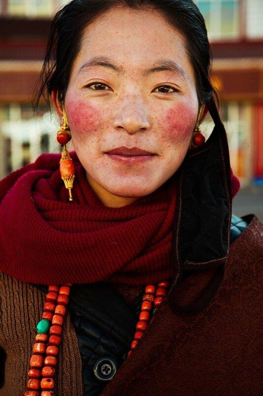 Михаэла Норок, «Атлас красоты»: 155 фотографий красивых женщин из 37 стран мира 0 1c625f bd465b0a XL