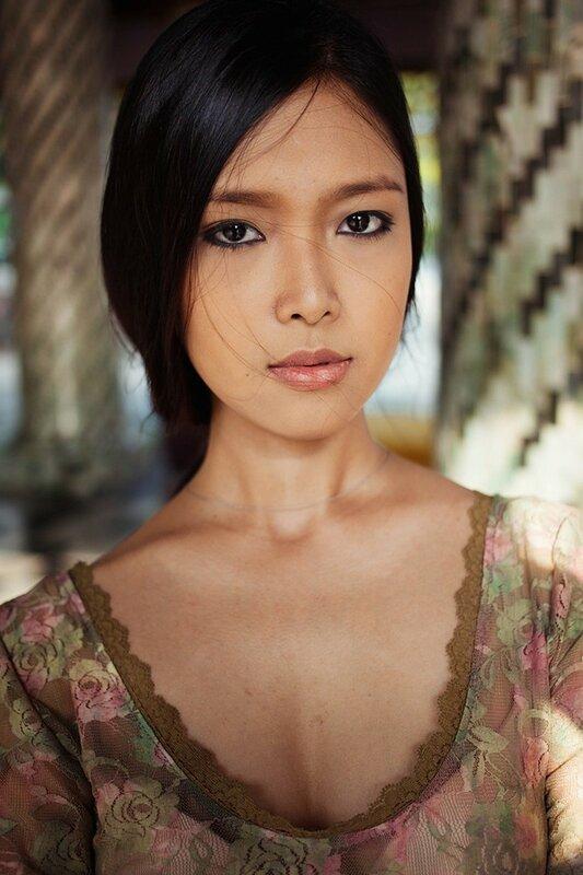Михаэла Норок, «Атлас красоты»: 155 фотографий красивых женщин из 37 стран мира 0 1c628d ac38a7a0 XL