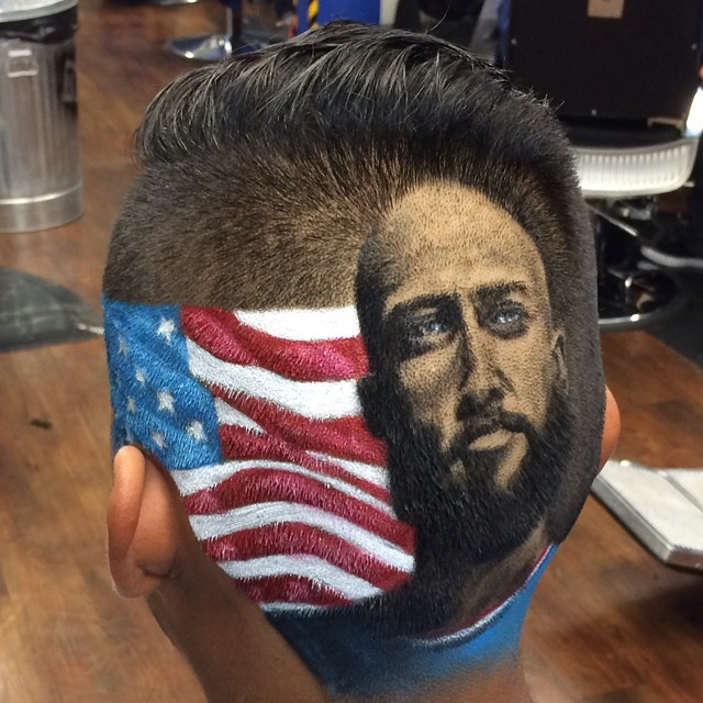 А Ваш парикмахер так умеет?