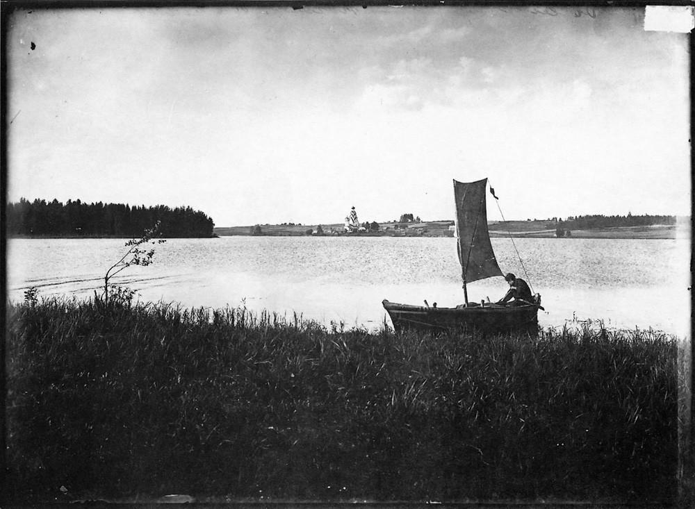 Озеро Вселуг. Широковский погост. Негатив 18 ? 24 см.
