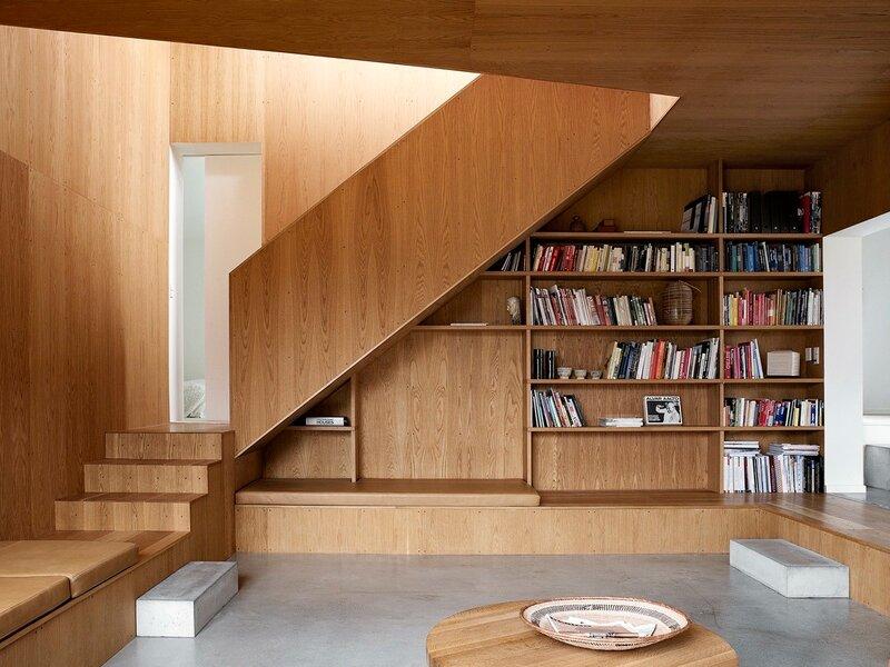 Лестница для дома на второй этаж дизайн фото 23
