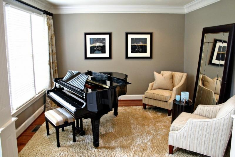 Пианино и рояль в дизайне интерьера фото 1