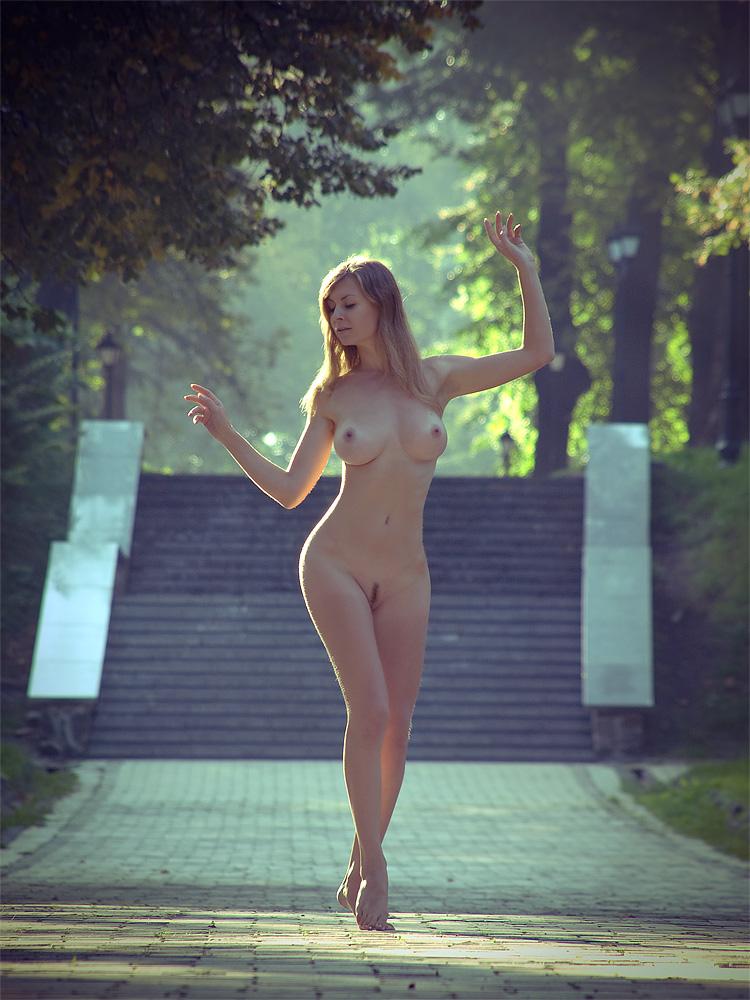 park-girl-nude-orgasm