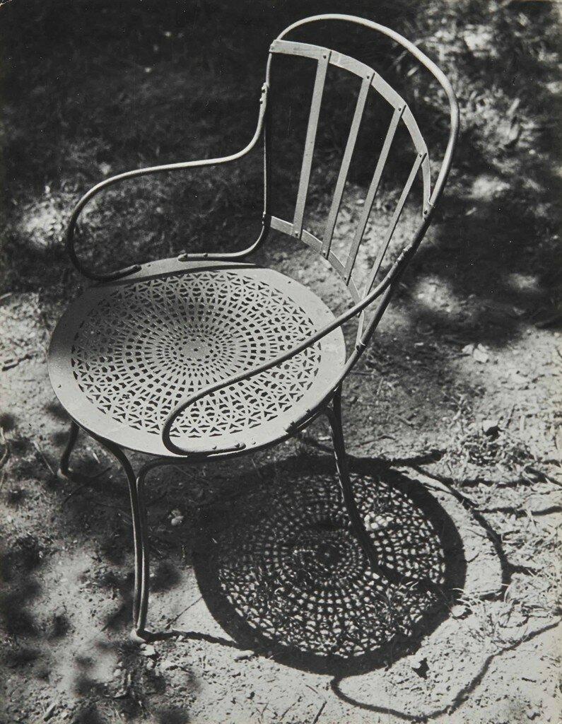 1930. Кресло в Тюильри