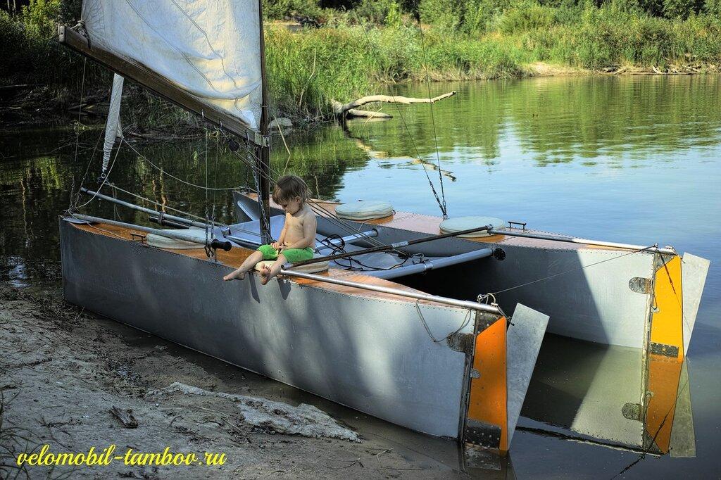 изготовление поплавков на катамараны