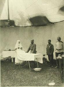 Вид части  походной операционной , размещенной в палатке передового отряда № 7