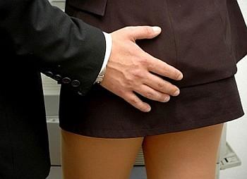 Сексуальное домогательство от женщины