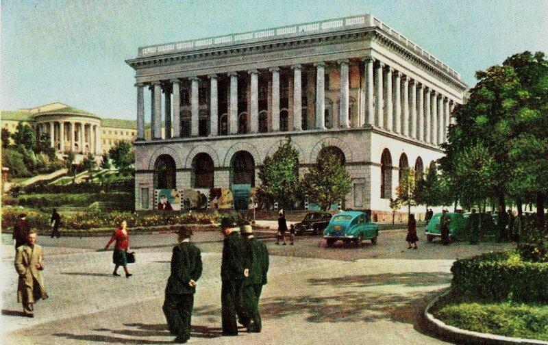 Наземный переход в районе Консерватории