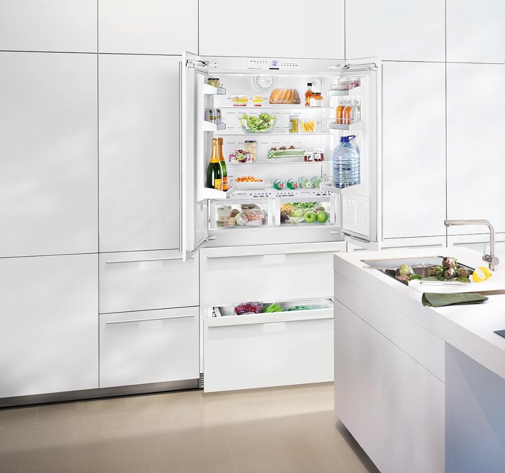 Встраиваемый холодильник с морозилкой френч дор