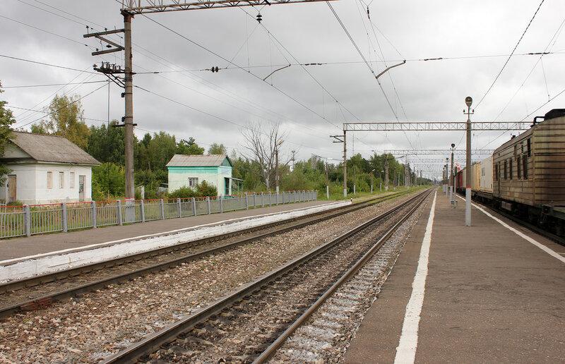 Платформы в Берендино, вид на Орехово