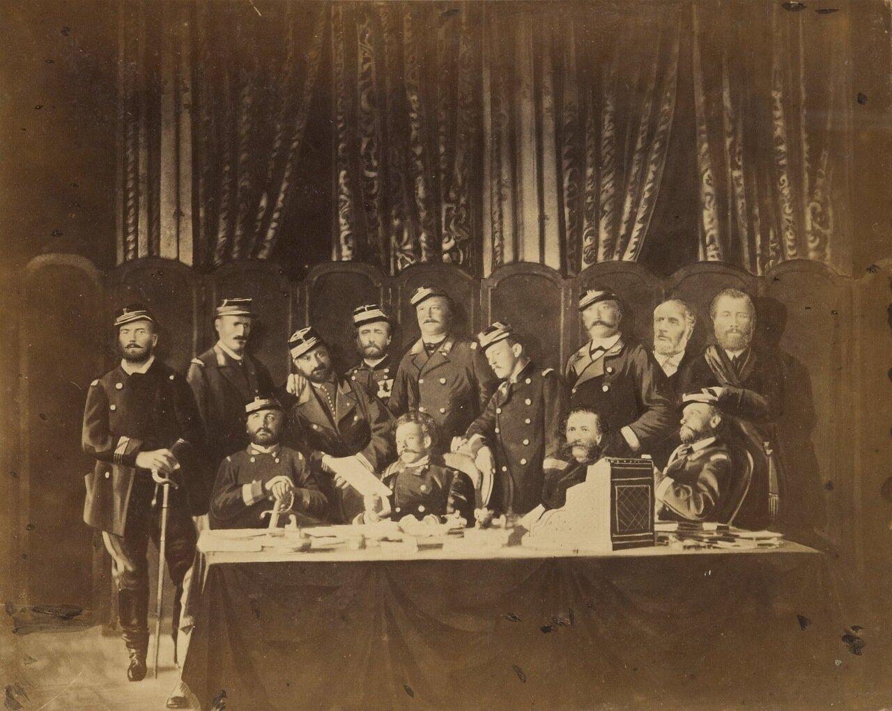 Отель-де-Виль. Члены Парижской Коммуны