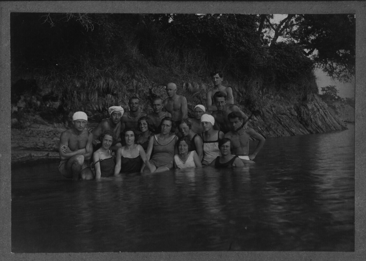 1931. июль.  Геленджик.