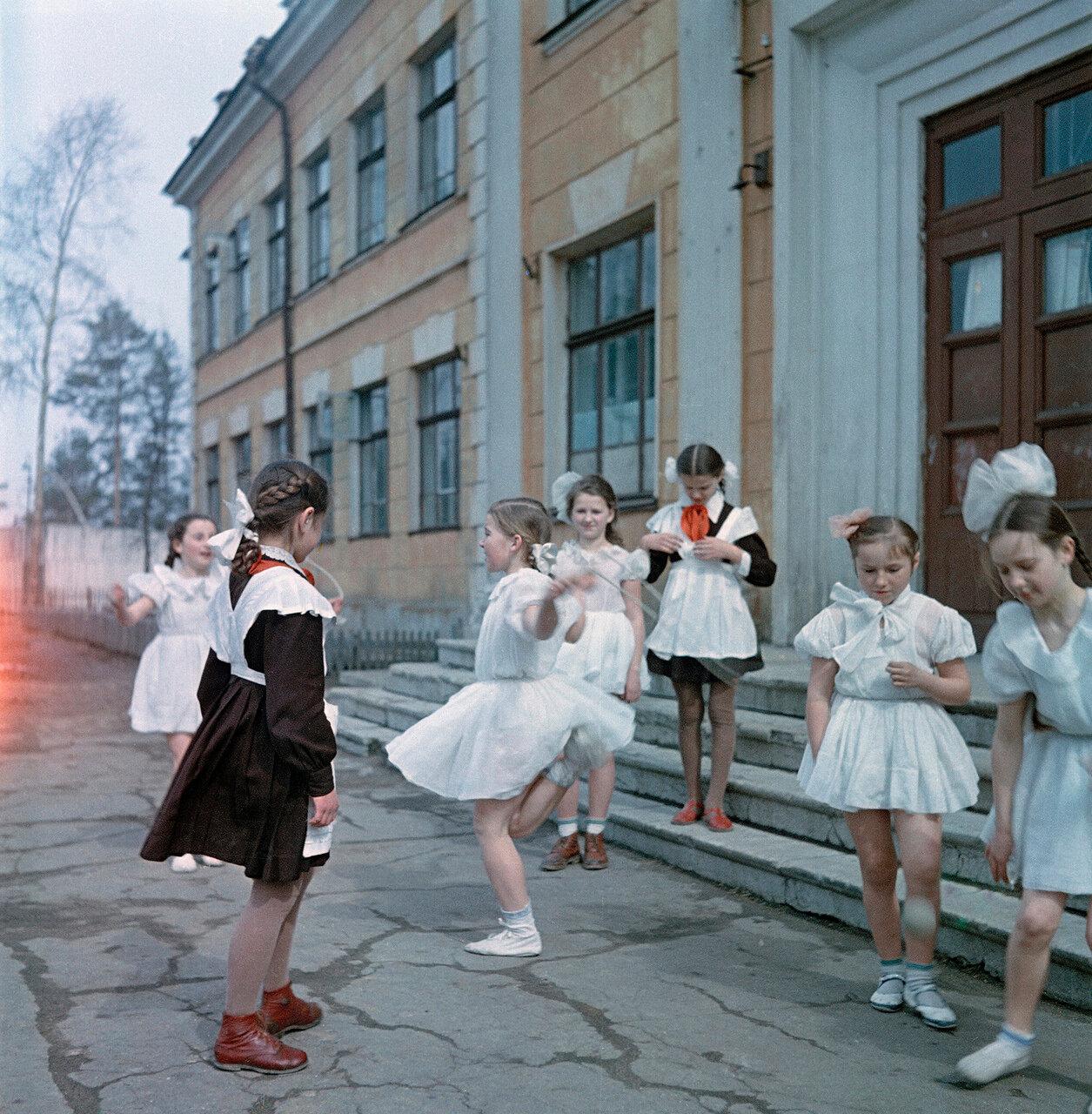 порно русское в школе с школьниками