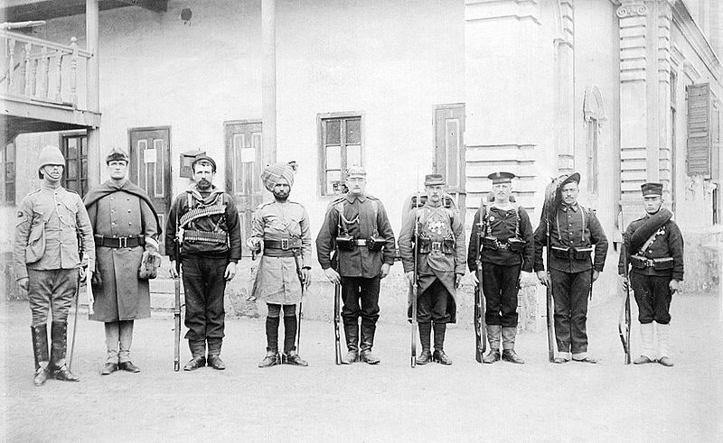 800px-Troops_of_the_Eight_nations_alliance_1900.jpg