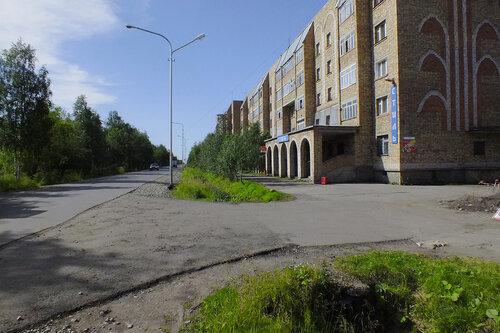 Фото города Инта №7084  Юго-восточный угол Куратова 74 13.08.2014_12:06