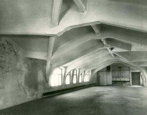 Образец железо-бетонной конструкции чердачного помещения - сооружение строительной конторы товарищества.