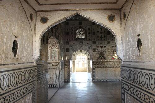Зеркальный дворец форта Амбер