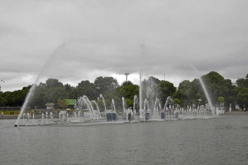 Центральный фонтан в парке им. Горького в парке им. Горького