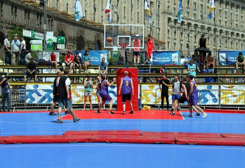 Баскетбольная площадка на Крещатике