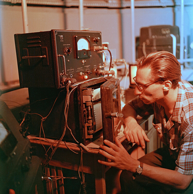 Scanning Information:Imacon 949 with Flextight software v. 4.6Operator: Jennifer Seal and Steve Morse, Boston Photo ImagingFilm size: 120