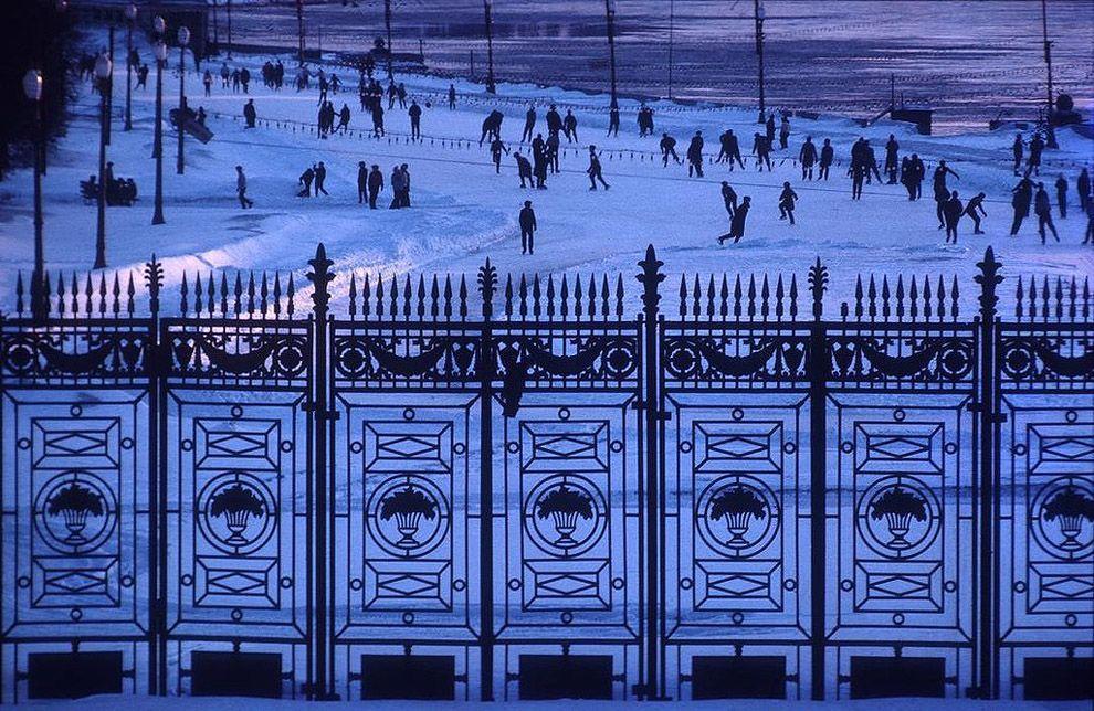16. Каток в парке Горького, Москва.