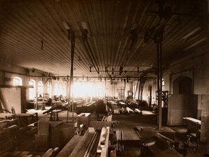 Общий вид столярного цеха мастерской.