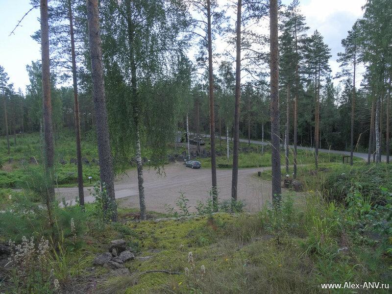 Линия Салпа (фин. salpa — «затвор» или «засов») — череда фортификационных заграждений длиной 1200 км от Финского залива до Петсамо на территории Финляндии.
