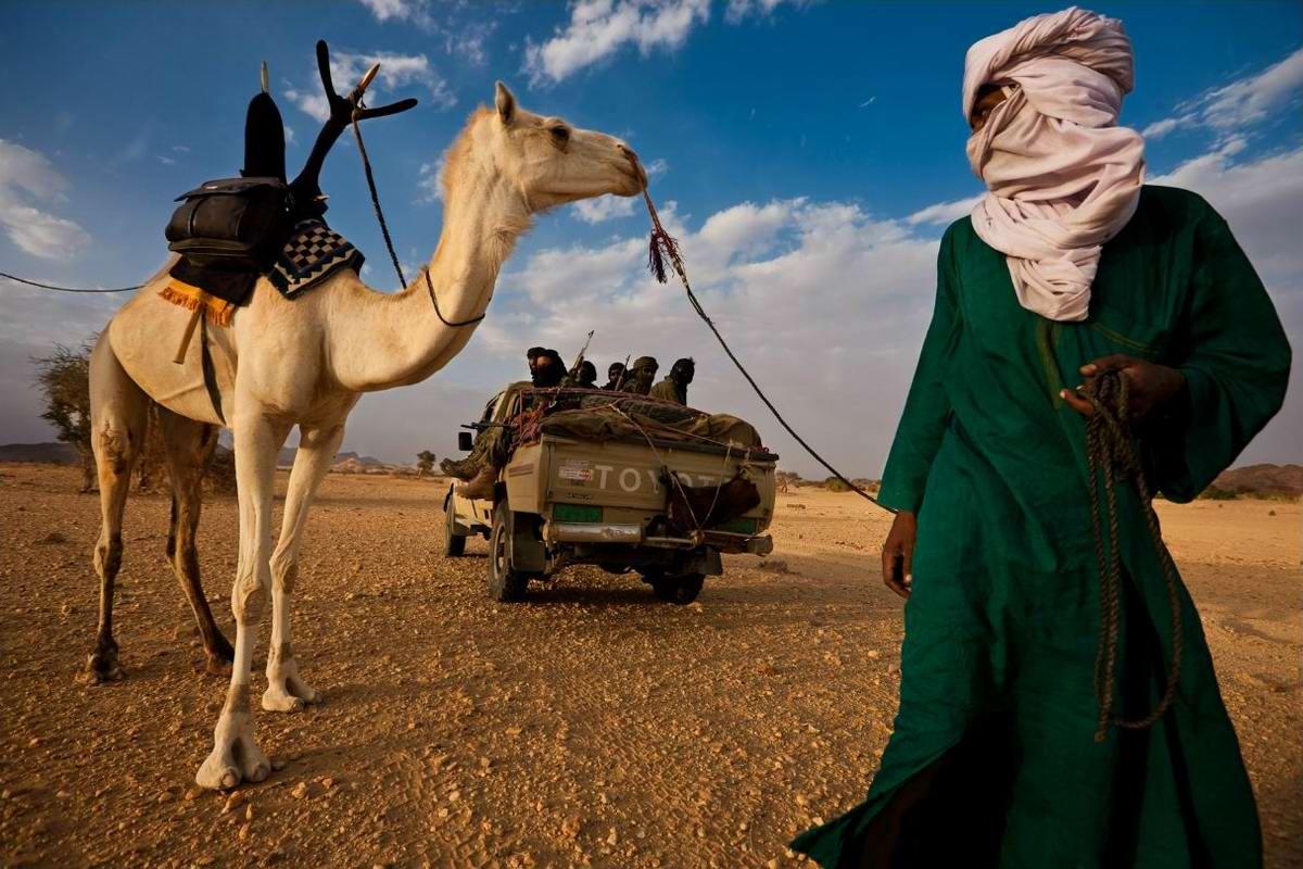 Воинственные североафриканские туареги на снимках фотографа из ЮАР Brent Stirton (8)