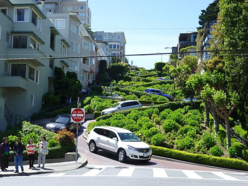 Самая извилистая улица в мире!